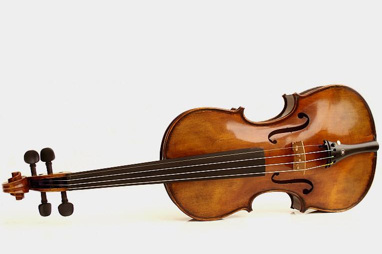 Precio de un violín de calidad